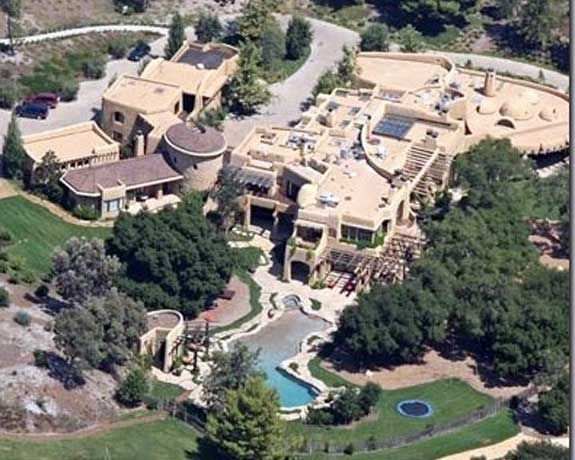 Will Smith S House Is Soo Big That Even If You Try To Run Away You