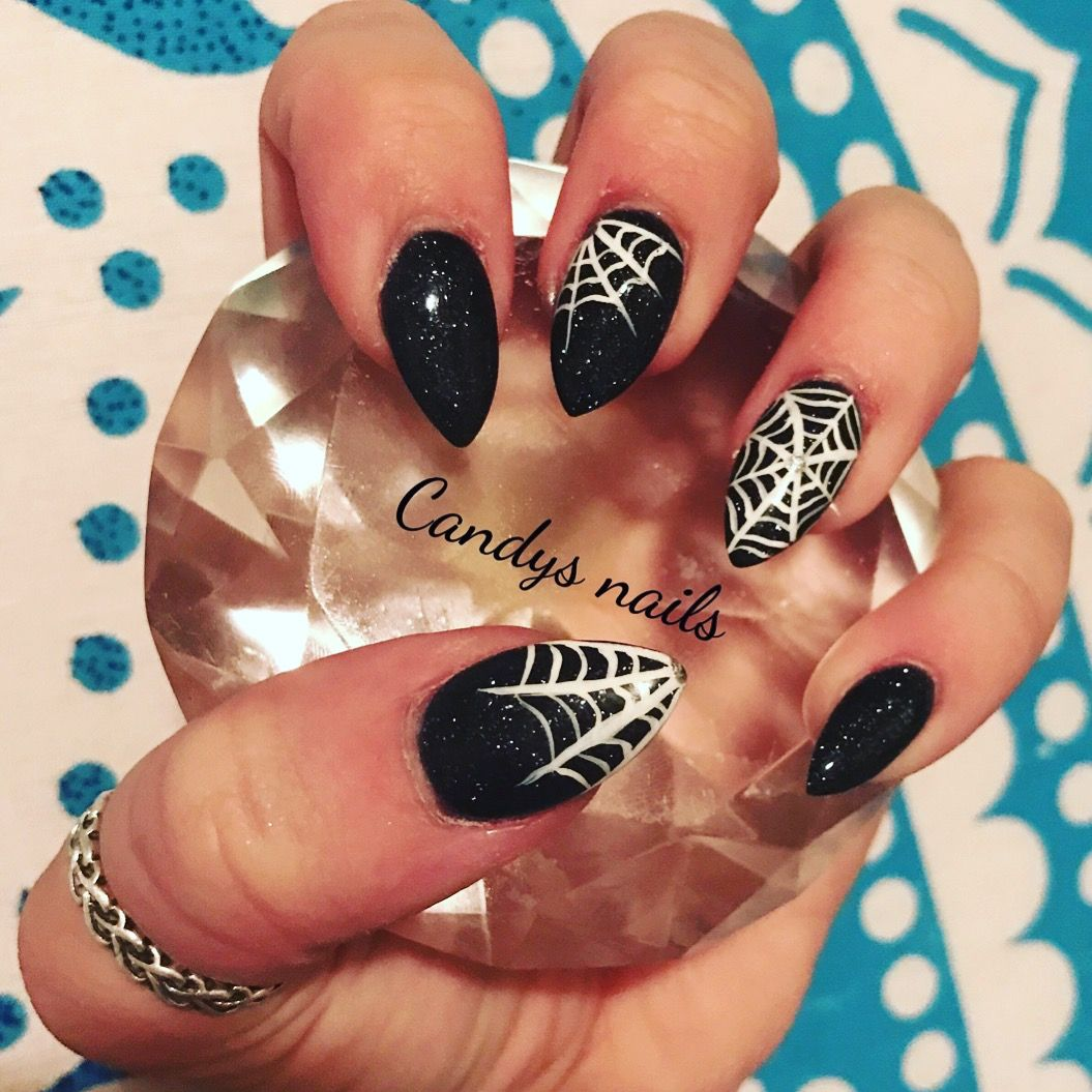 Black spiderweb halloween design acrylic nails! | Acrylic ...