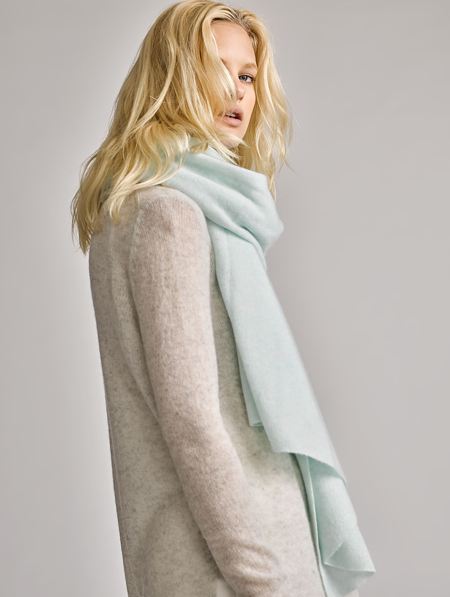 9668f4143b The Best Cashmere Travel Wraps for Women