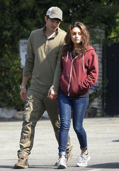 ashton kutcher dating mila kunis 2013 ths undersøger dating mareridt
