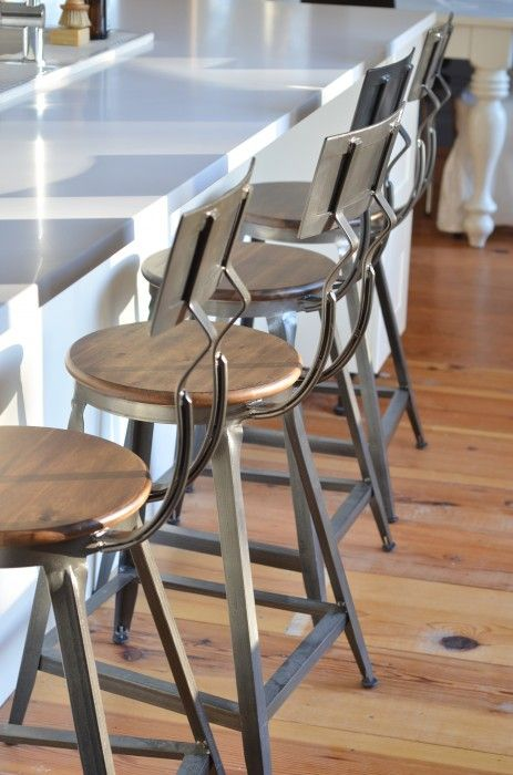 Best 25 rustic counter stools ideas on pinterest farm for Industrial design bar stools