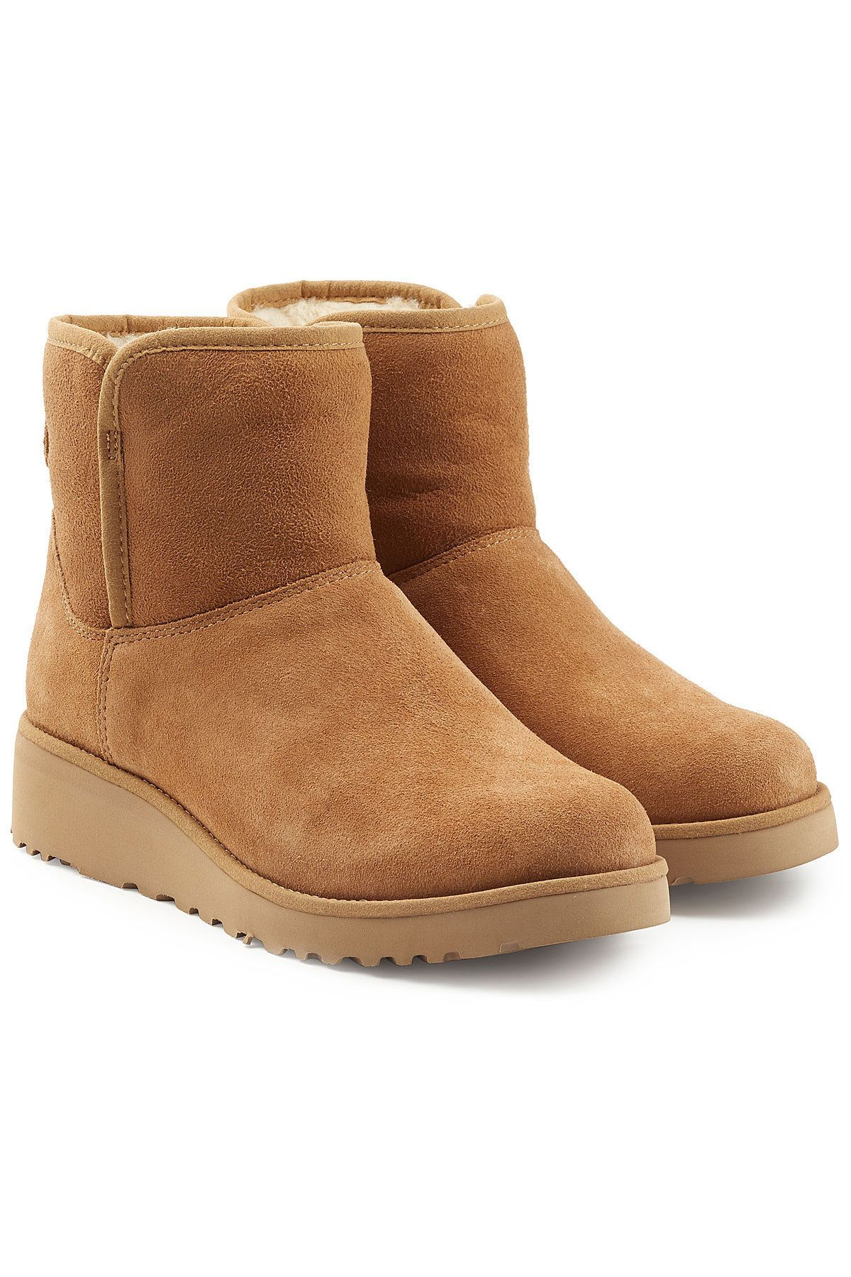 e12116fbd8b UGG . #ugg #shoes #   Cute teen clothes