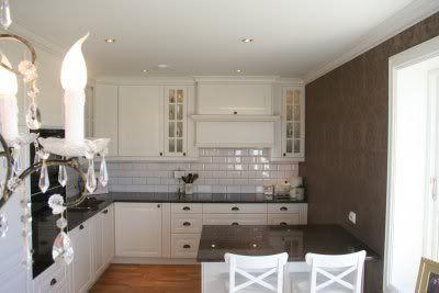 Great Post Shows Filler Pieces And How To Make An Ikea Hacked Custom Range Hood Kitchen Range Hood Lidingo Ikea Kitchen