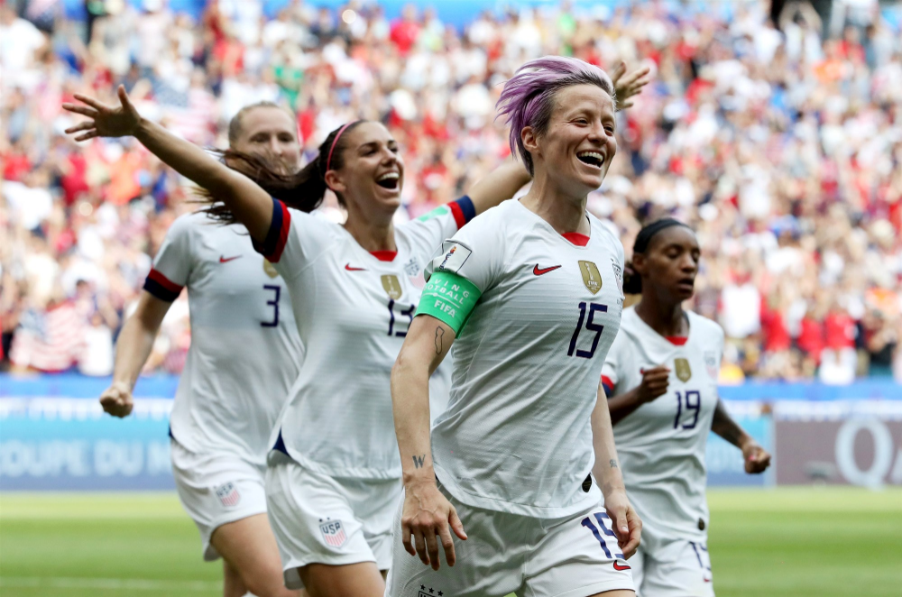 U S Women S Soccer Team Win 2019 World Cup Over The Netherlands In 2 0 Final In 2020 Women S Soccer Team Womens Soccer Soccer