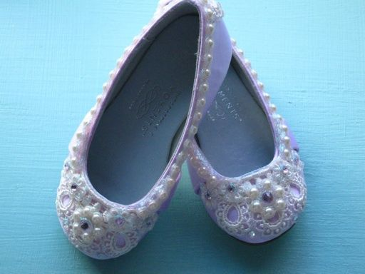Dainty Daisy Flower girl shoes - Wedding Shoes - Any Size - Pick your own shoe color and crystal color