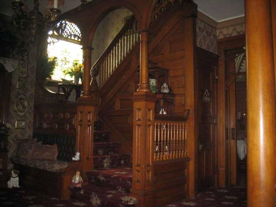 Innenstützen, Innenarchitektur, Deko Ideen, Viktorianische  Inneneinrichtung, Haus Innenräume, Königinnen