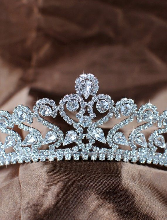 Bridal Tiara. CZ and white gold plated!
