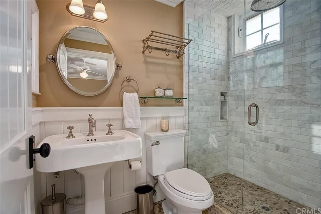 Traditional 3/4 Bathroom with Pedestal Sink, Carrara White 3x6 ...