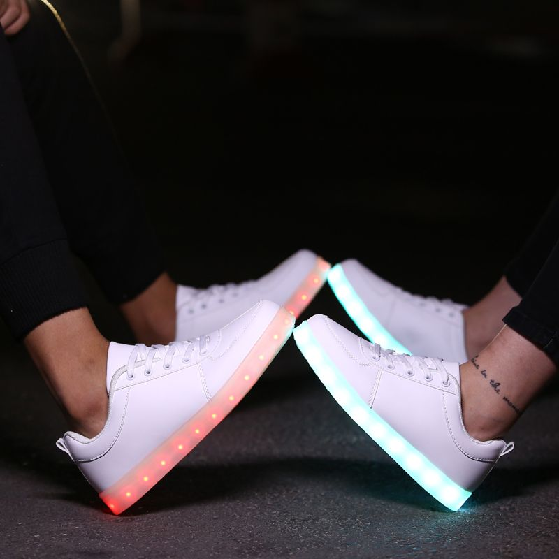 $44.30 (Buy here: https://alitems.com/g/1e8d114494ebda23ff8b16525dc3e8/?i=5&ulp=https%3A%2F%2Fwww.aliexpress.com%2Fitem%2FLed-Luminous-Shoes-Women-Men-Light-shoes-women-LED-shoes-USB-Charging-chaussure-lumineuse-Casual-Shoes%2F32595249783.html ) Led Luminous Shoes Women&Men Light Shoes Women LED Shoes For Adults Chaussure Lumineuse Casual Shoes Men Lovers Basket Femme for just $44.30
