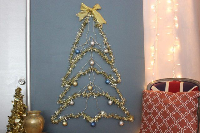 How to Make a Wire Christmas Tree | Card displays, Wire hangers and ...