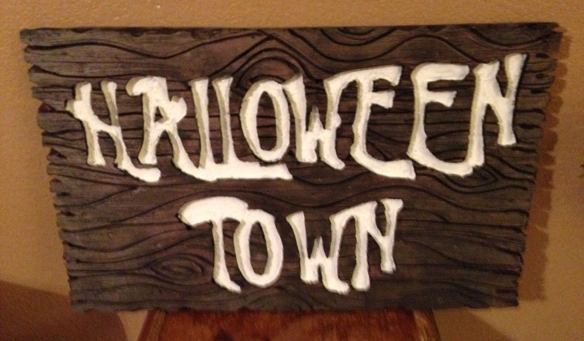 finished halloween town sign not too bad nbc nightmarebeforechristmas halloween halloweentown jackskellington pumpkinking disney disneyland