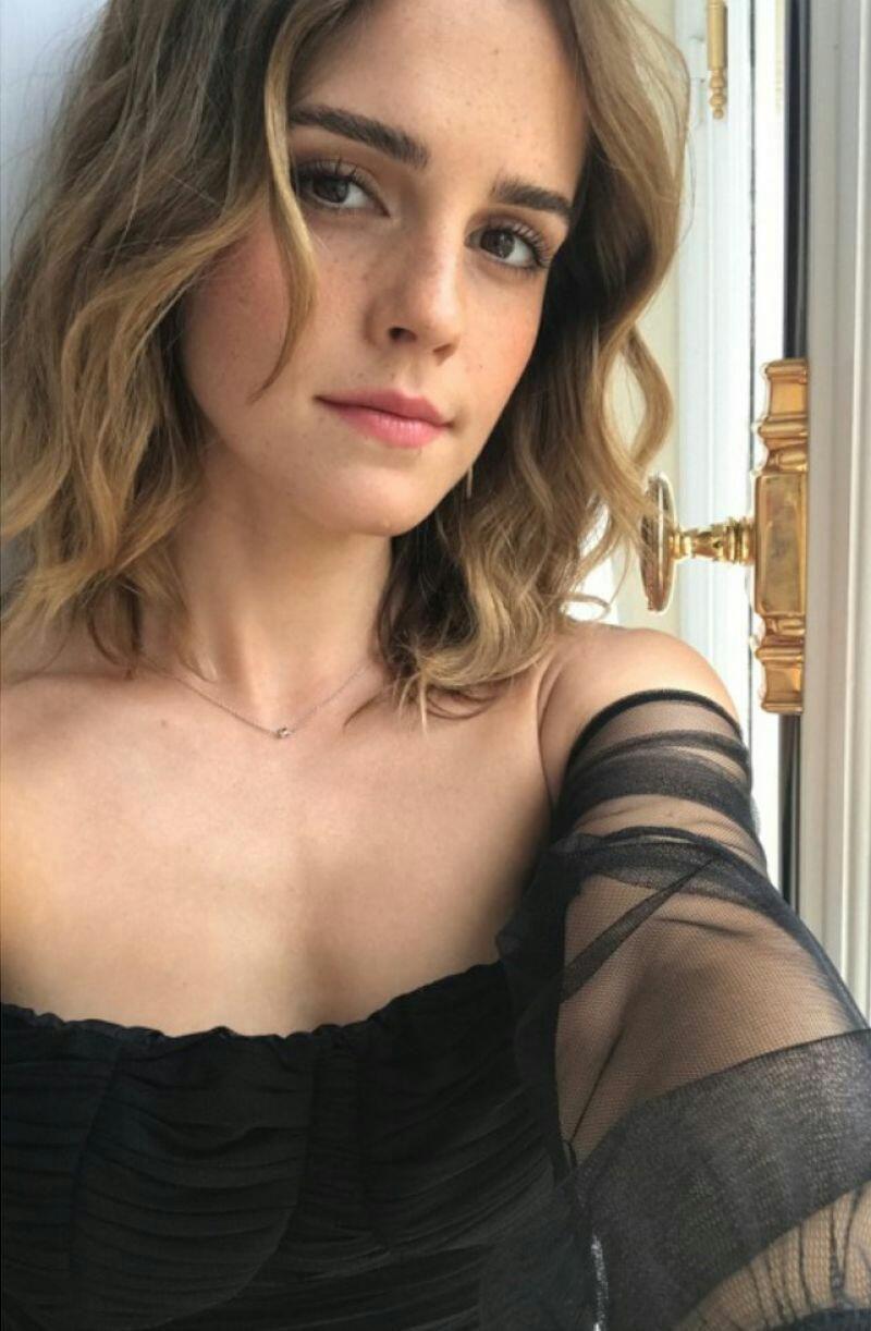 Selfie Emma Watson nudes (26 photos), Topless, Cleavage, Twitter, cleavage 2019