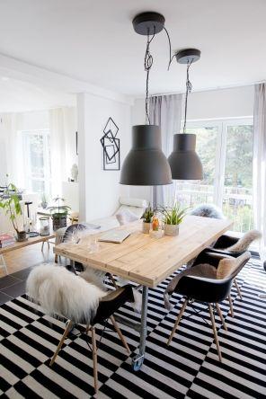 Gemütlich-schicke Atmosphäre im Esszimmer mit Schwarz und Weiß - Esszimmer Modern Weiss