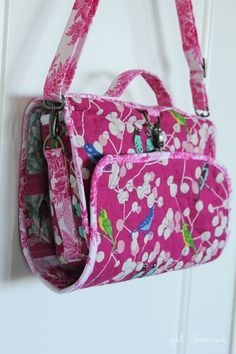 Hanging Cosmetics Bag - a great sewing project with zippers, vinyl, hardware, and pockets to fit everything!: