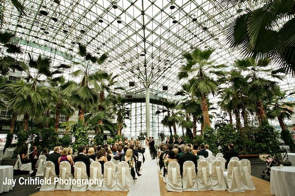 Crystal Garden At The Navy Pier Wedding Venue Plan A Green In Chicago With These Tips Bride Guide