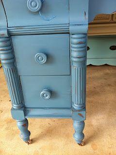 Dresser, Abusson blue