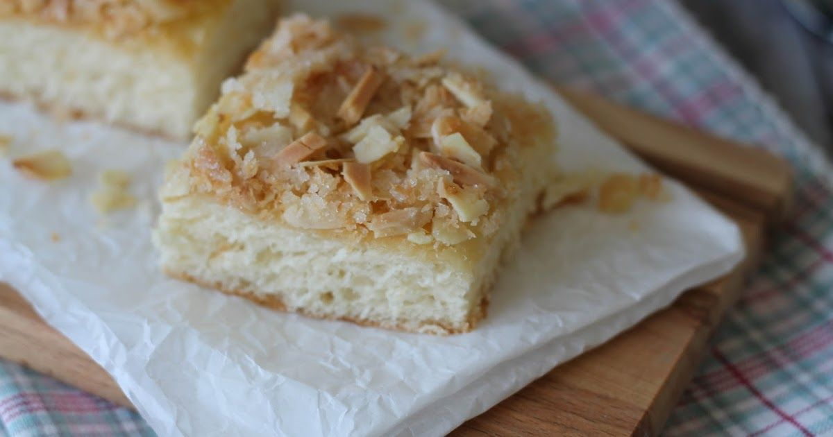 25 best ideas about butterkuchen mit mandeln on pinterest k sekuchen zuckerguss puderzucker. Black Bedroom Furniture Sets. Home Design Ideas