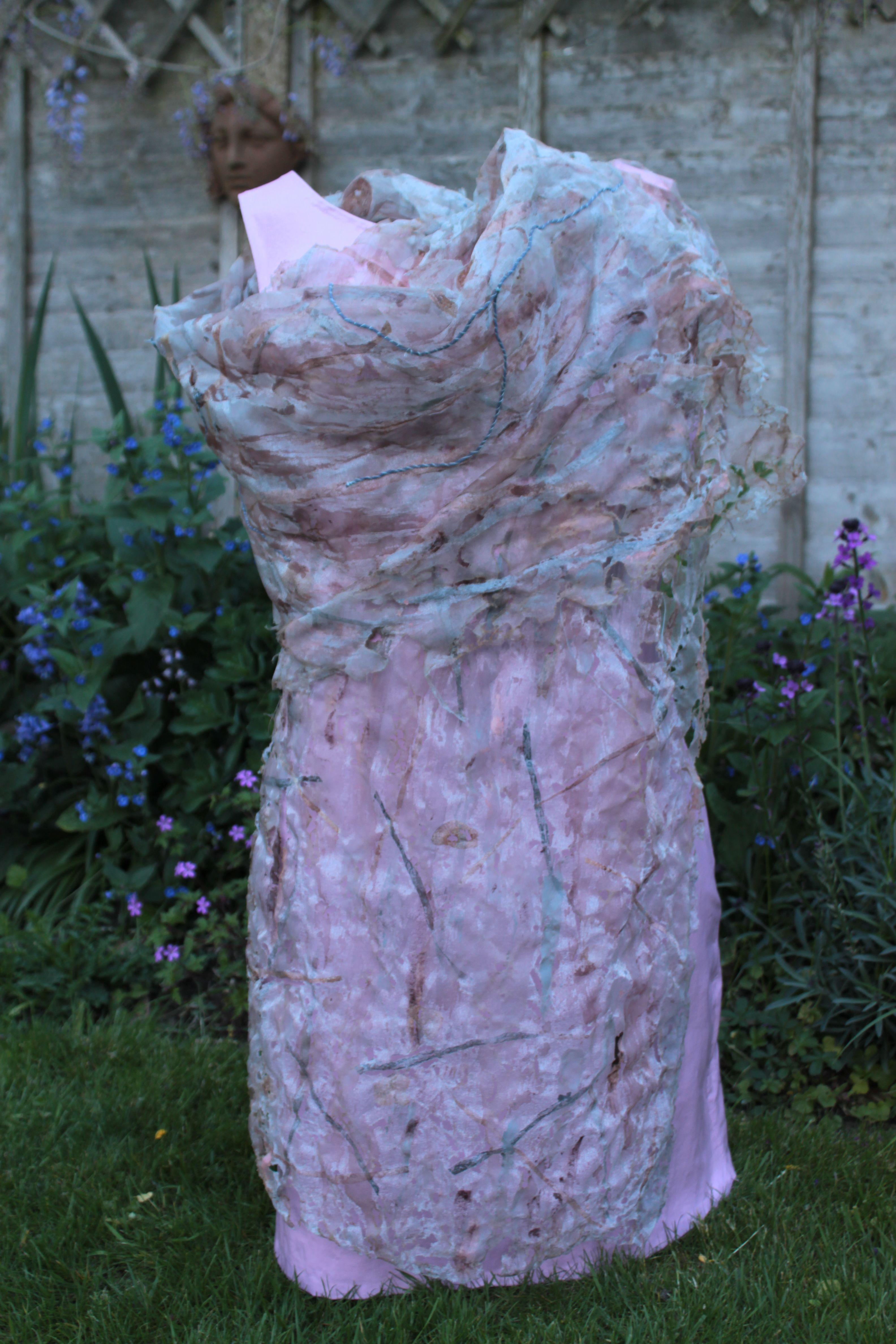 Ageing dress