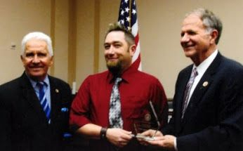 Image Source: http://www.overdriveonline.com/truckers-against-trafficking-receives-well-deserved-honor/