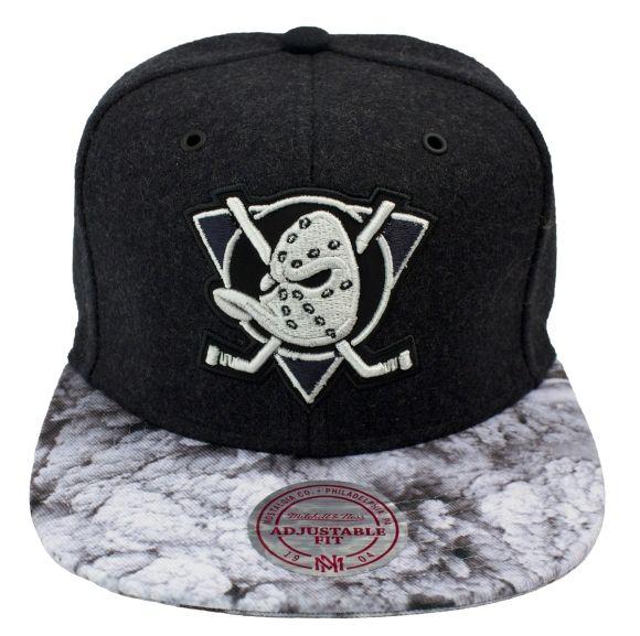 MITCHELL   NESS SNAPBACK VOLCANO ANAHEIM DUCKS  fashion  cap  caps  nhl   76134b99e4c3