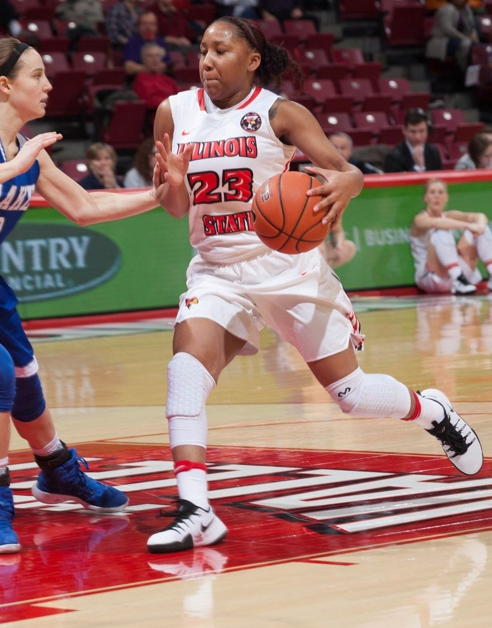 Women's Basketball Looks to Sweep Season Series Sunday at Evansville