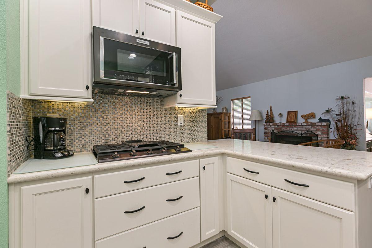 White Starmark Kitchen Cabinets Kitchen Remodel Bathroom Remodel Master Master Bathroom