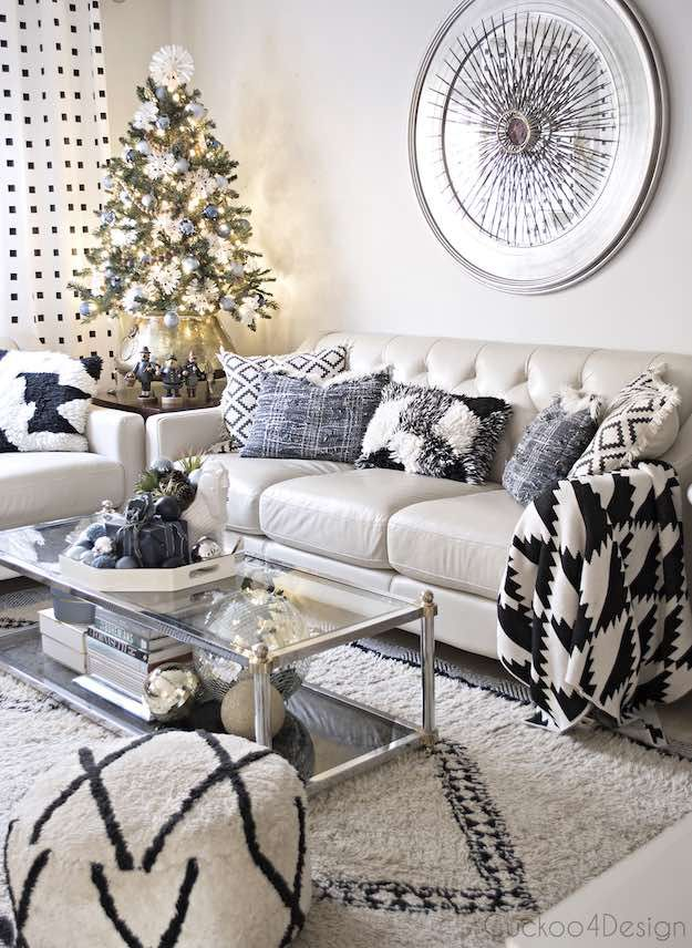 contemporary 11 christmas living room ideas for fuss free holiday rh pinterest com