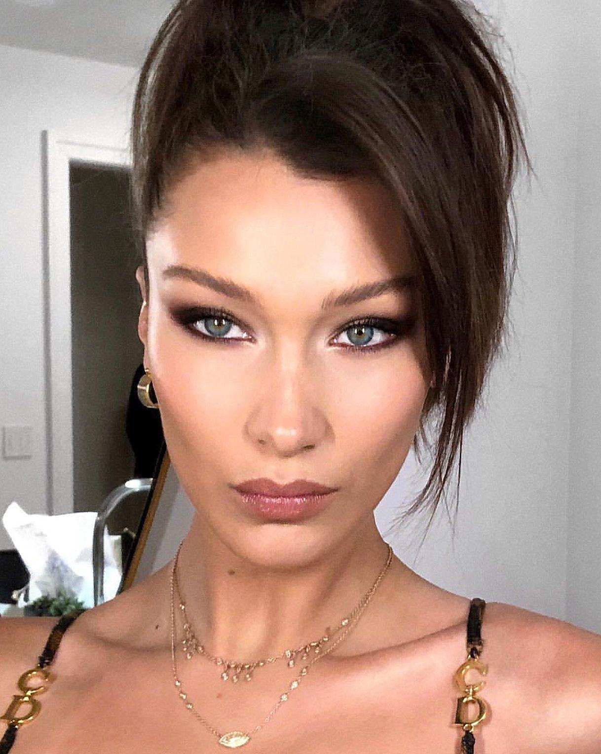 Bella Hadid Cat Eye Makeup Eyeliner Look Makeup Ideas In 2019