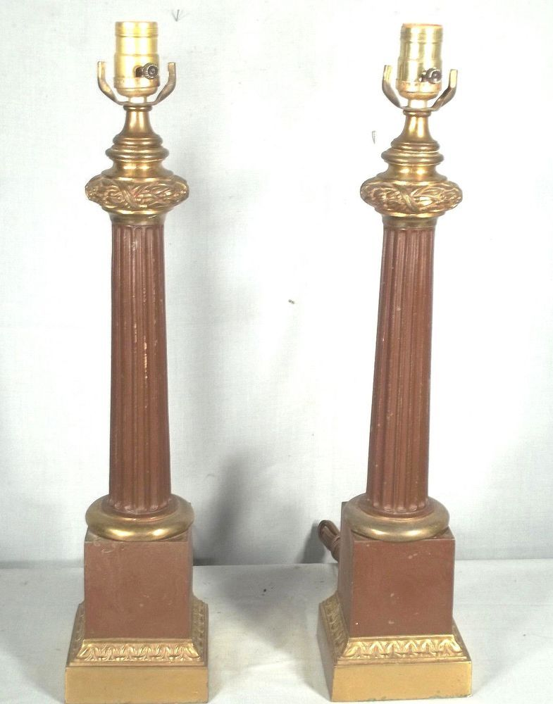 PAIR MID CENTURY CLASSICAL REGENCY FLUTED COLUMN LAMPS ON