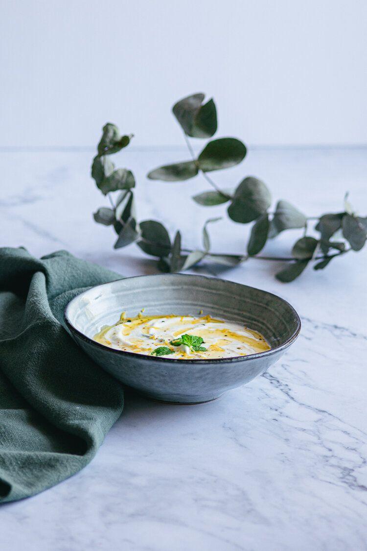 Salsa Básica De Yogur Y Menta Besana Yogur Natural Menta Boniatos Al Horno