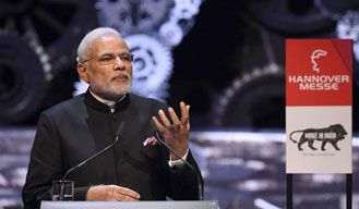 PM Modi praised by Kiran Bedi for promoting 'Make in India' in Germany Read more: http://bit.ly/1NwxaCv