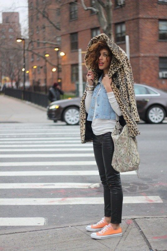 20 Outfits That'll Make You Want Colored Converse Sneakers