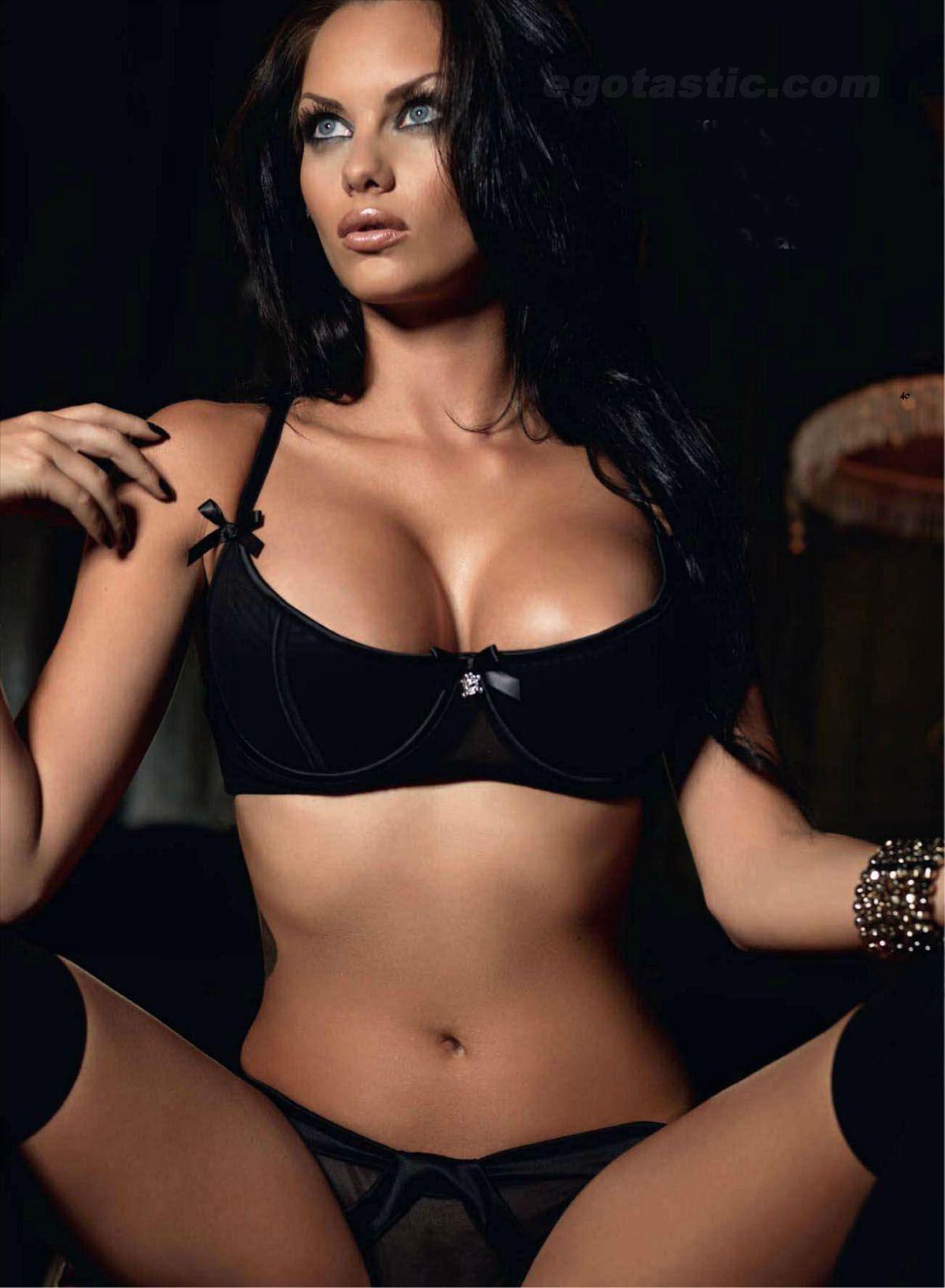 hot sale online 4617e eba37 Pin auf Hot Babes