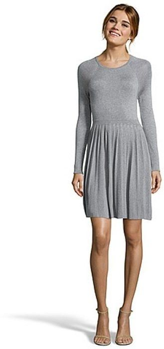 39 Awesome Long Sleeve Dresses For People Whose Arms Are Always Cold