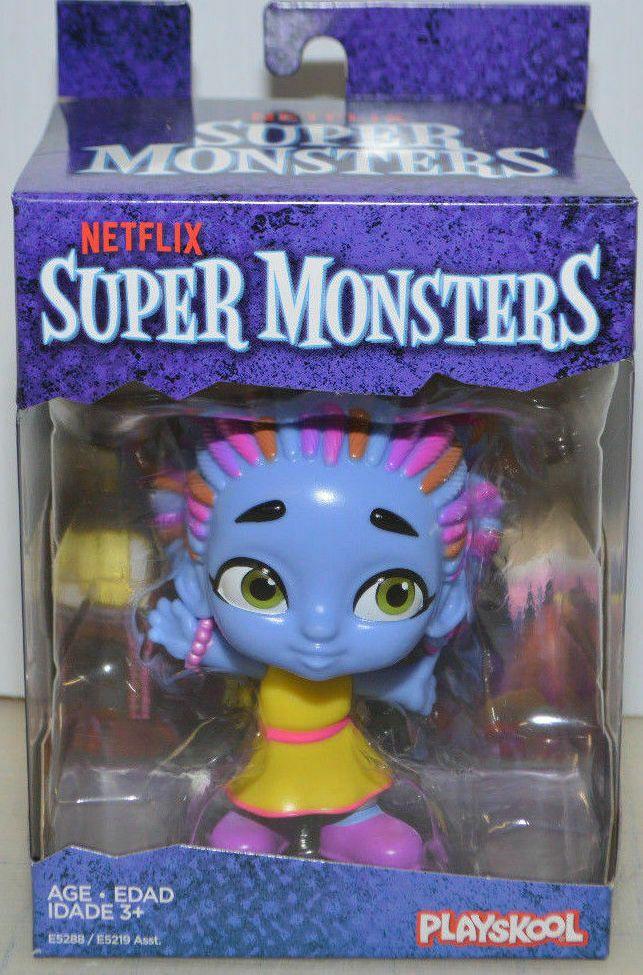 Super Monsters Cartoon *ZOE WALKER* Girl Zombie Figure