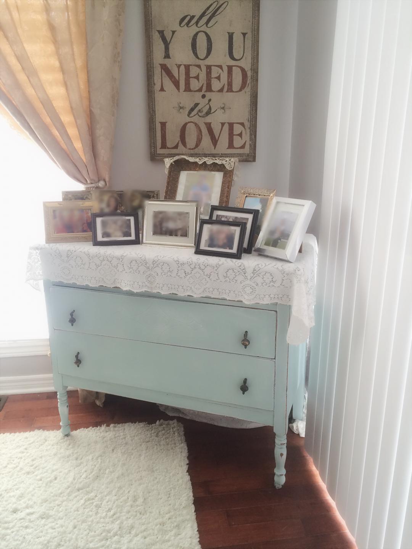 Distressed Vintage Bedroom Inspiration: Shabby Chic, Pink Vintage Dresser, Bedroom Furniture