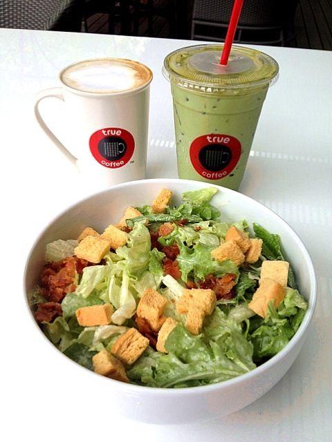 レシピとお料理がひらめくSnapDish - 7件のもぐもぐ - Ceasar Salad, latte n Green tea latte by I'm a pasta lover ..