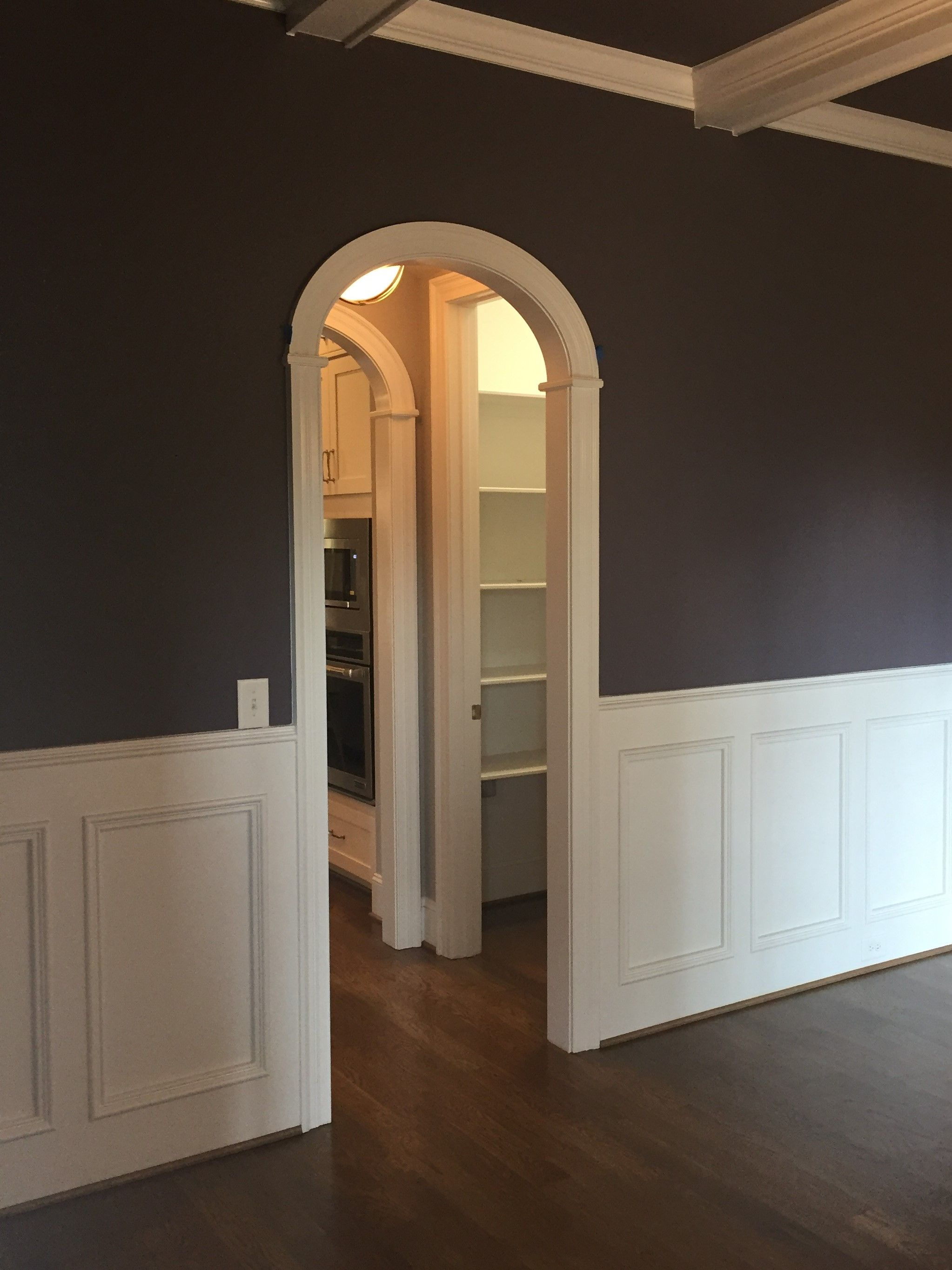 Round Arch In Butler Pantry Area Interior Archways Arched
