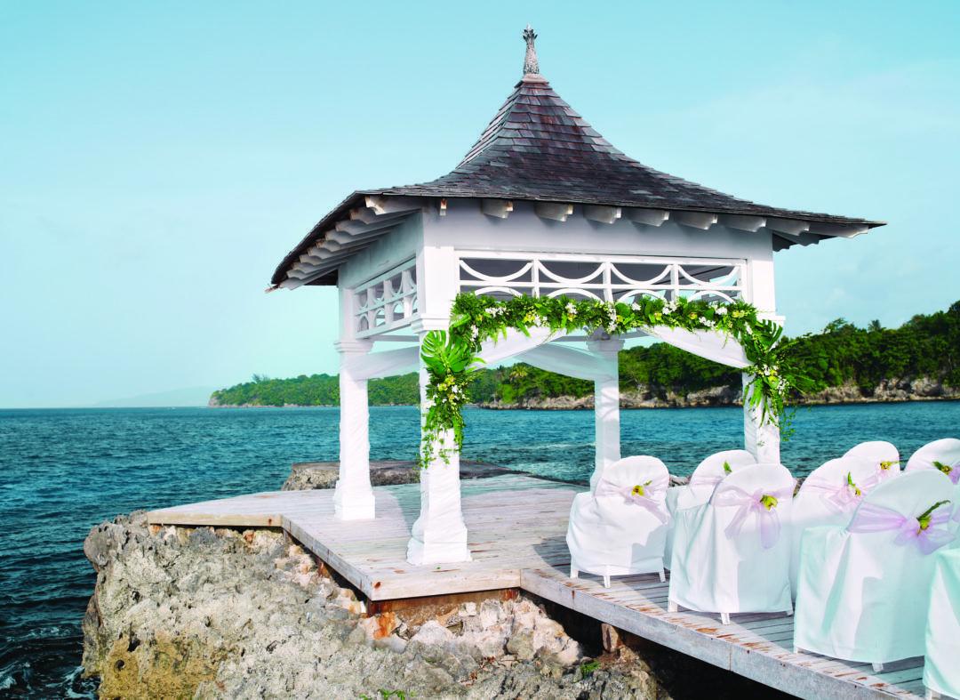 Venues For Caribbean Beach Weddings Our Top 10 Picks Caribbean Beach Wedding Places To Get Married Destination Wedding Jamaica