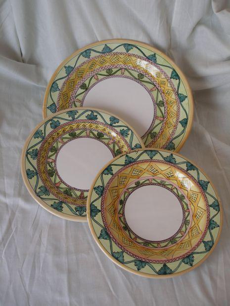 Servizio di Piatti in ceramica vietrese decorati a mano | The ...