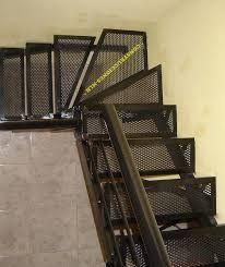 Resultado de imagen para escaleras metalicas detalle for Escalera metalica para exteriores