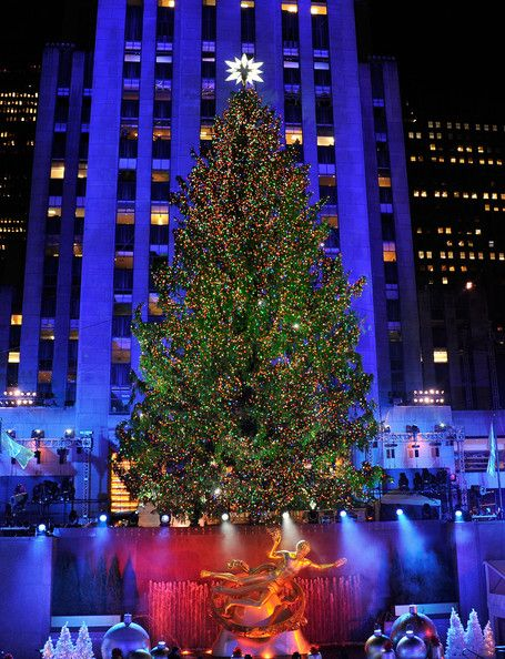 Nyc Christmas Tree Lighting 2019.80th Annual Rockefeller Center Christmas Tree Lighting