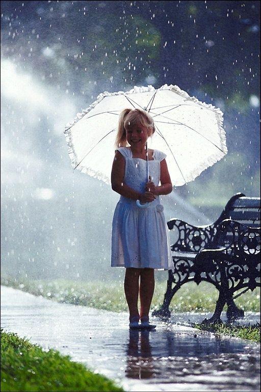 Ma Vie Secrète Dancing In The Rain Summer Rain I Love Rain