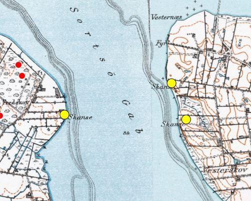Også på de lave målebordsblade fra perioden 1901-71 ses de tre skanser, her markeret med gult. http://arealinformation.miljoeportal.dk/distribution/
