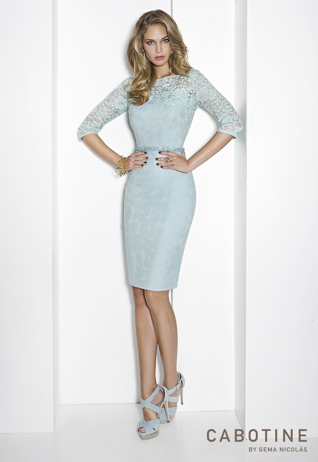 Mother Of The Bride / Groom Outfit: Knee length cream lace dress ...