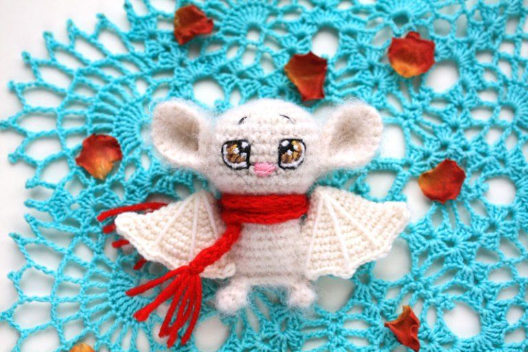 Crochet bat amigurumi pattern | crochet amigurumi minis | Pinterest ...