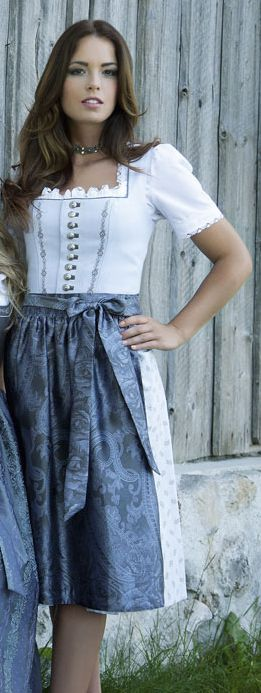 premium selection 34d10 6217c Country Hotel Kleidung - Dirndl - Trachtenmode ...
