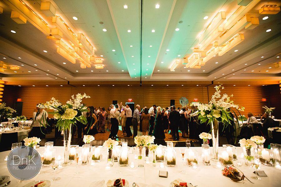 Graves Hotel Minneapolis wedding photographer