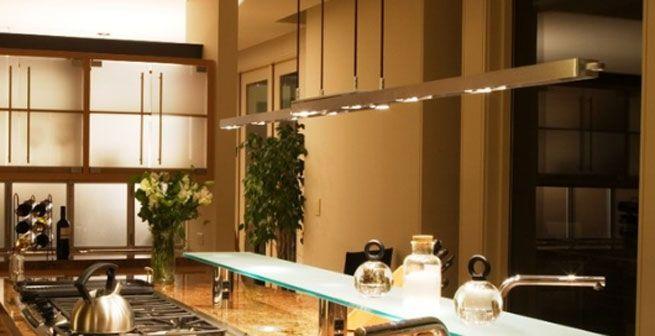 Una BUENA iluminación sobre el area de trabajo es indispensable sea ...