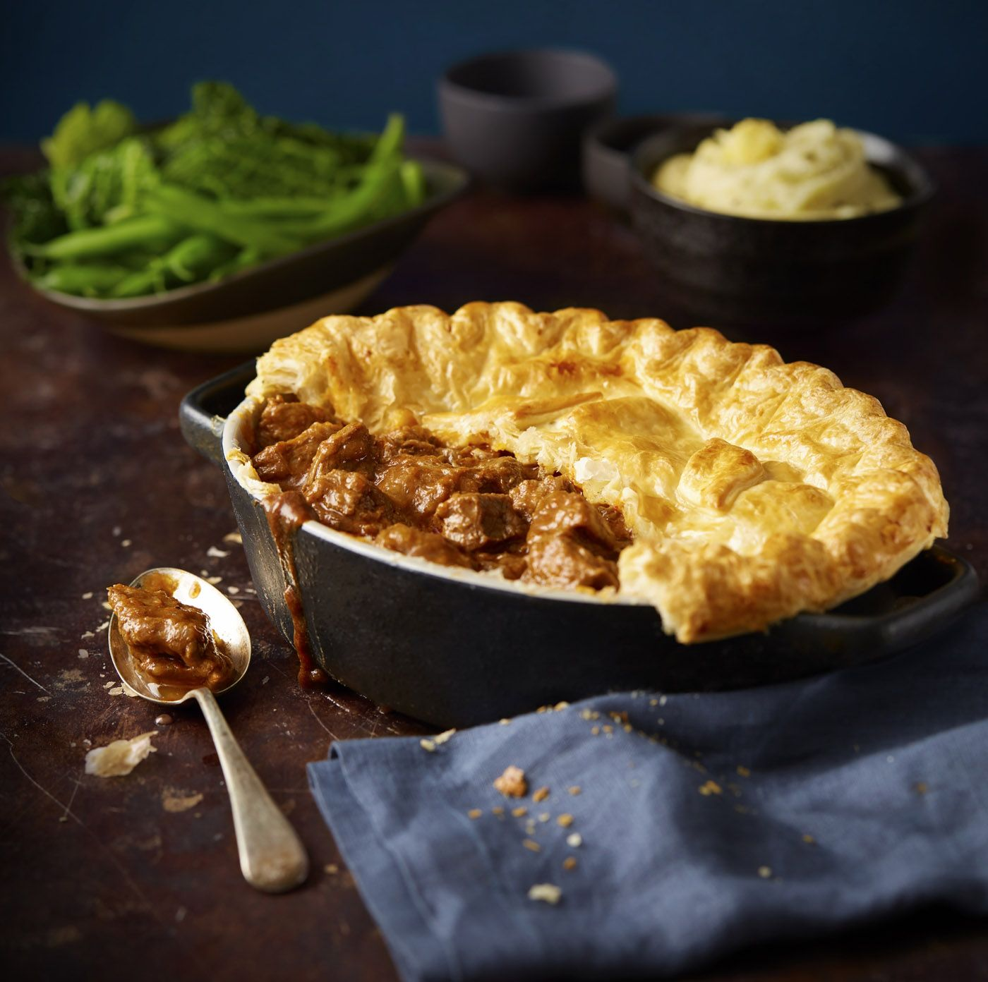Traditional Scottish recipe: Steak pie | Scottish recipes ...